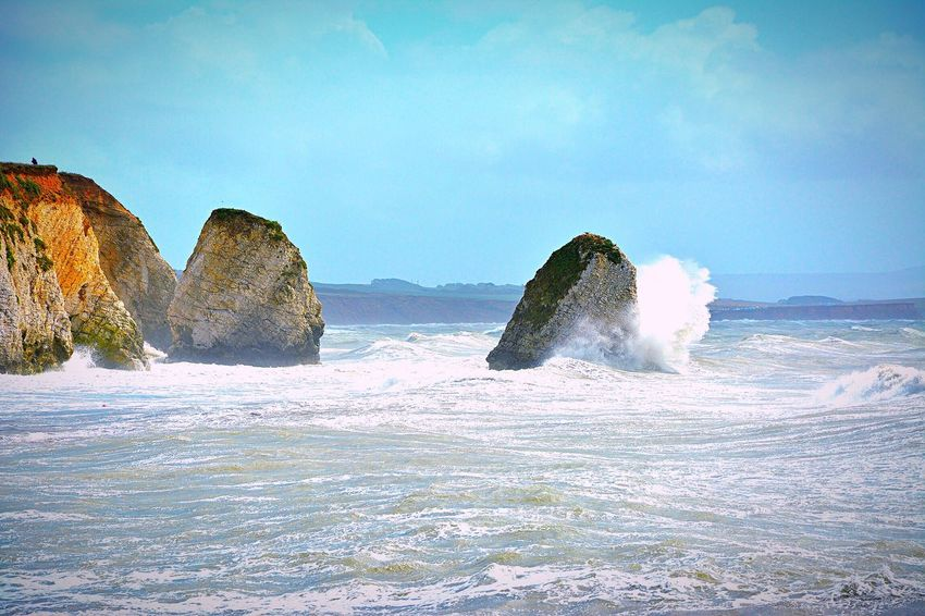 Freshwater Bay Isle Of Wight  Waves Cliffs Cliffsandsea Waves Crashing Splashing Spray Water Ocean Windy Day Windy Waves, Ocean, Nature