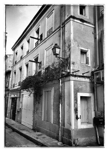 Un été à Saint Remy de Provence NEM Black&white Blackandwhite NEM Street Provence