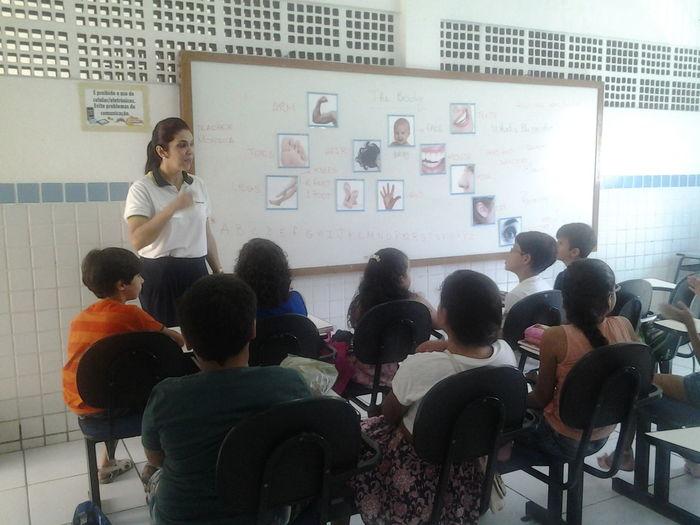 Iniciamos hoje a adaptação com os novos alunos, a aula do bilingue foi um show! :-)
