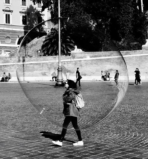 Bubbles Real People Life People Streetphotography Streetphoto_bw
