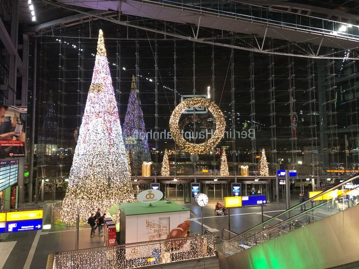 Illuminated Decoration Night Christmas Decoration Christmas Christmas Lights Lighting Equipment Celebration Holiday Built Structure No People Architecture Building Exterior Event Nature christmas tree Outdoors Tree Celebration Event Christmas Ornament