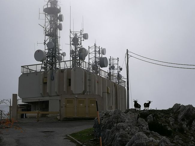 Outdoors Day Fog Radar Station Antenna Antennes RadioStation Radio Tower Chèvres