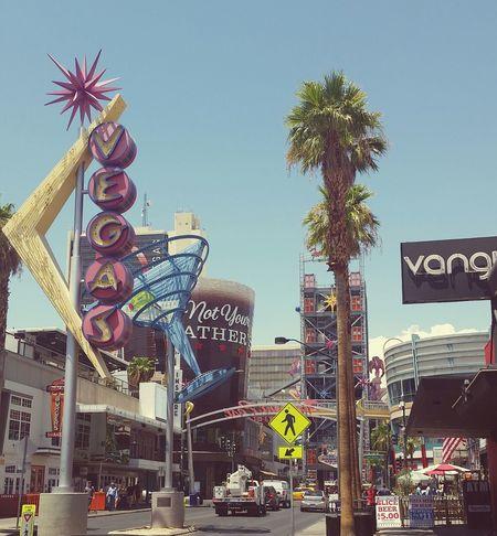 What happens in Vegas, stays in Vegas. Lasvegas Gambling SinCity TheCityThatNeverSleeps