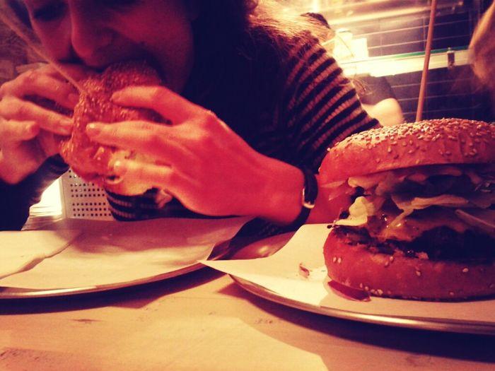 Late Tasty Burger