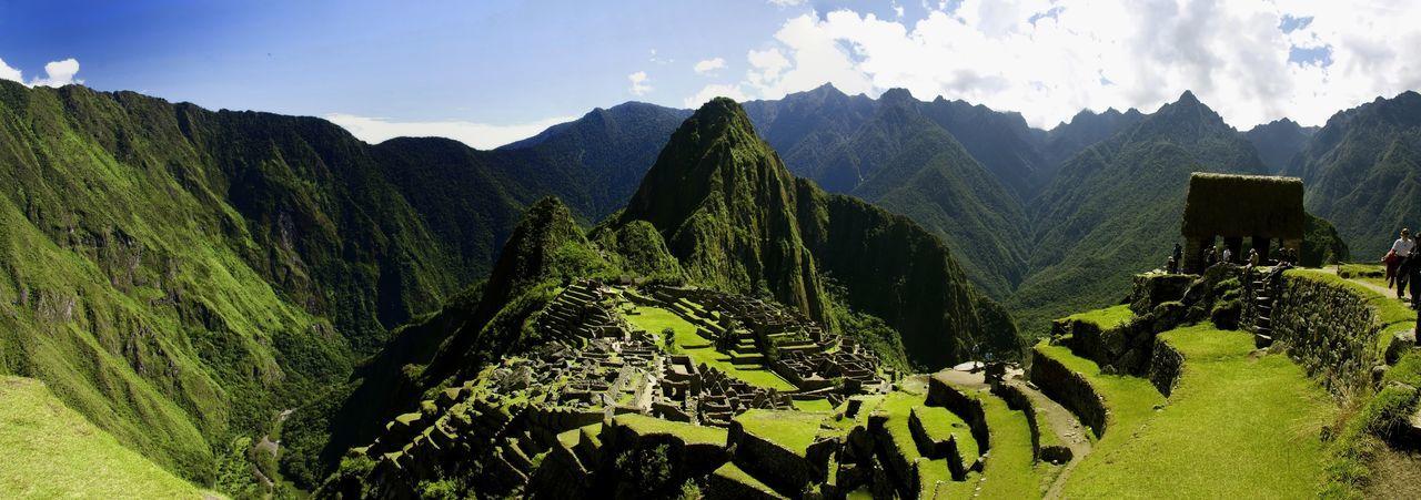 The miracle of MachuPicchu - Inca Treasure Lanscape Machu Picchu Peru Peruvian Culture Maravillas Del Mundo Architecture Inca