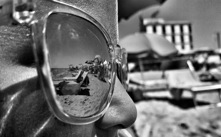 Blackandwhite Shadows & Lights Black And White Getting Inspired Black & White Sand Fine Art Photography Beach The Great Outdoors - 2016 EyeEm Awards Visual Poetry The Place Where I Live The Places I've Been Today EyeEm Best Shots Rome Italy Roma My Pic My Poem Glasses Sunglasses Monochrome Photography