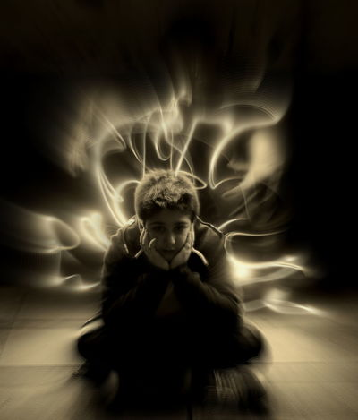 Lightpainted son Ghost Childhood Dark Loneliness Lightpainting Photography Exposure Aperture Shutterspeed Jugando Con La Luz Lightpainting_photography Lightpaint Lightpainting Lightpaintingphotography Photography Lightpaintingseries