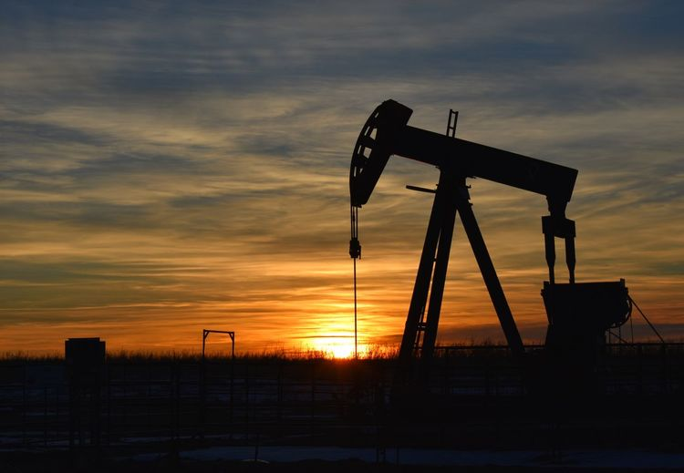 Saskatchewan Sunsets Pumpjack Sunset Home Sunset Sky Oil Pump Oil Industry Silhouette Cloud - Sky Oil Well Industry No People Outdoors Sun Orange Color Nature