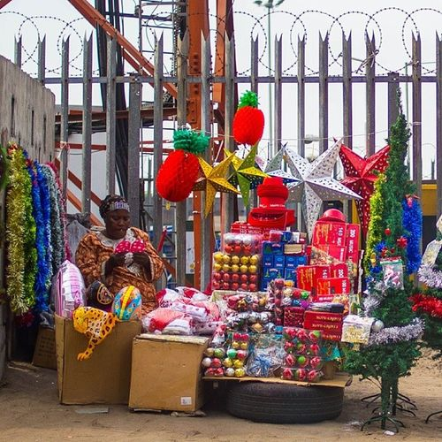 Christmas shops in Lagos! ChristmasInLagos Lagos Nigeria Naija streetphotography christmas snapitoga