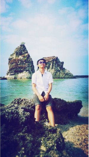 enjoying the sun in sawarna