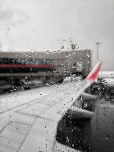 Aeroplane Transportation Window Drop Wet Airplane Water Sky Outdoors Flight Aeroplane Rain Weather Cloud - Sky Google Pixel Travel