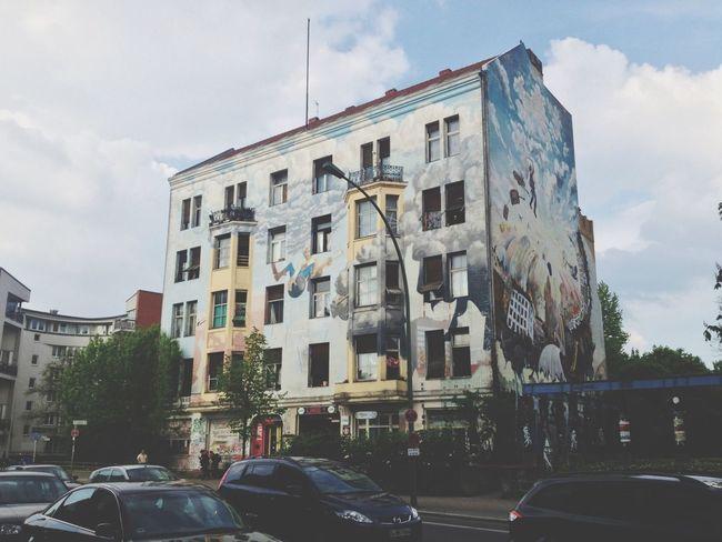 Architecture Graffiti Art Walking The Streets
