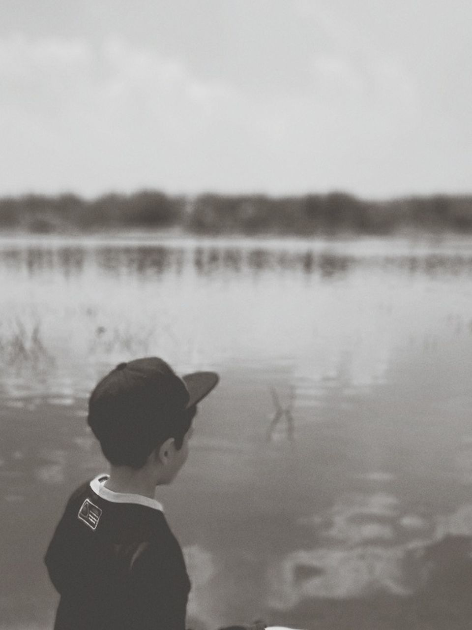 childhood, boys, one person, real people, one boy only, side view, day, focus on foreground, lake, headshot, outdoors, water, sky, close-up, people