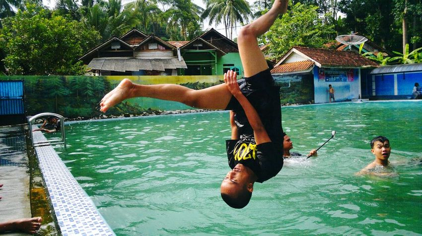 Water Full Length Adults Only Day Skill  People Outdoors Fun Adult Togetherness Jumping Built Structure Real People Only Men Architecture Young Adult NokiaN8camera Bumiayu Teguhpandrian Frezze