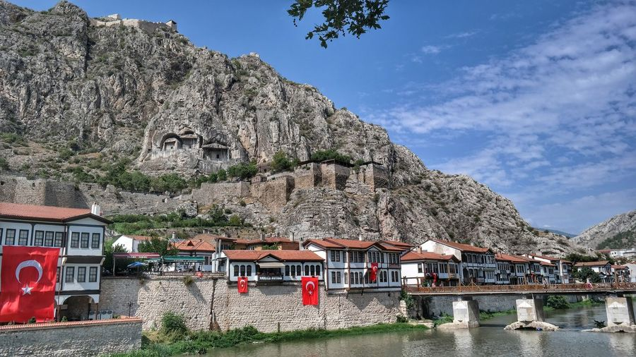 Check This Out Eyemphotography Architecture Amasya,turkey Fresh On Eyeem  Turkeyphotos Getting Inspired Popular First Eyeem Photo Fresh FirstEyeEmPic Turkishfollowers EyeEmBestEdits Amasya Amasya/Turkey Turkeyphotooftheday Amasyakalesi Amasyakralkaya Mezarlıkları Amasya Castle Amasyaevleri