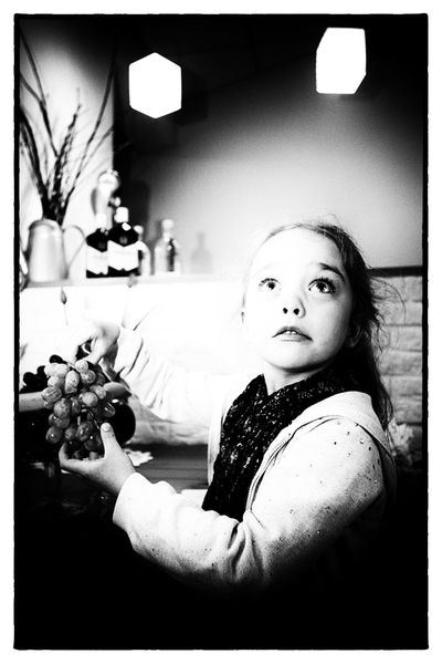 Black & White MonochromePhotography Black And White Black And White Photography Blackandwhite Looking At Camera Monochromatic Monochrome Monochrome Photography One Person Portrait Young Women