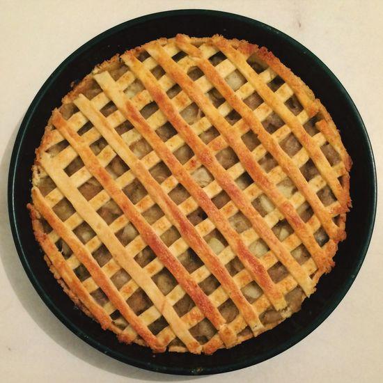 Apple Pie Nom Nom Nom ! The Circles Series