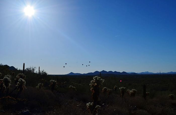 Sky Sun Flying Sunlight Beauty In Nature Landscape Beauty In Nature Mountain Nature Hotairballoons Outdoors Nikon Photography Dayshots Naturelovers USAtrip Roadside America Roadsidephotography Roadtrip