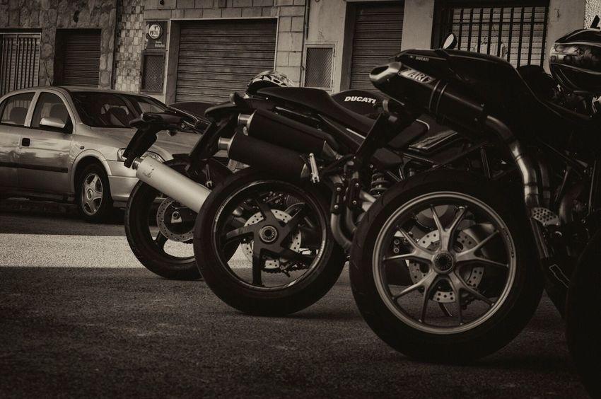 Ducati Monster Ducati Monster S4r Ducati848 Rear View Zardexhaust Ridingbikes Afternoon Friends