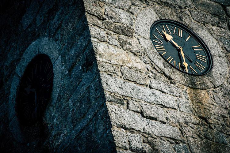 """Time is an illusion."" Albert Einstein EyeEmNewHere Photography Photooftheday Art Time Clock Shadow Sunlight Bricks Brick Building Poland Day First Eyeem Photo"