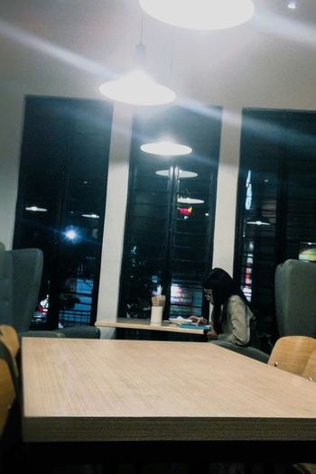 Snap A Stranger Eyem School Drip Solo Girl Window Table Lights Indoors  Arts Culture And Entertainment No People Film Industry Red Carpet Event Day Night Lonely Coffee Place Chill