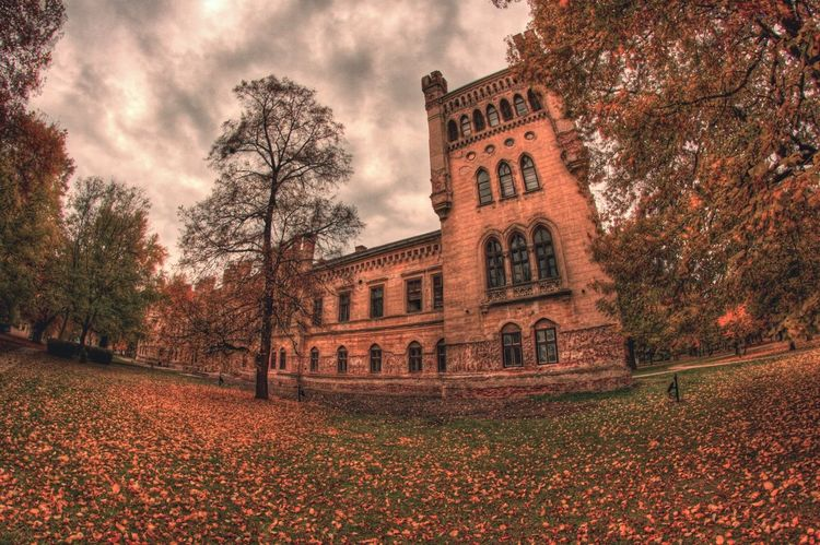 Old Buildings Autumn Fall Outdoors Architecture Hdr_Collection HDR Castle Canon Canonphotography Samyang8mm Fisheye