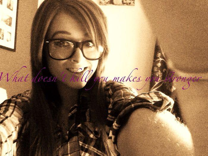 Love♥ Strong Woman Sel Protrait Selfie