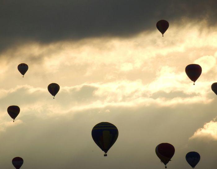 Hot air ballons Sky clouds Ottawa, Canada