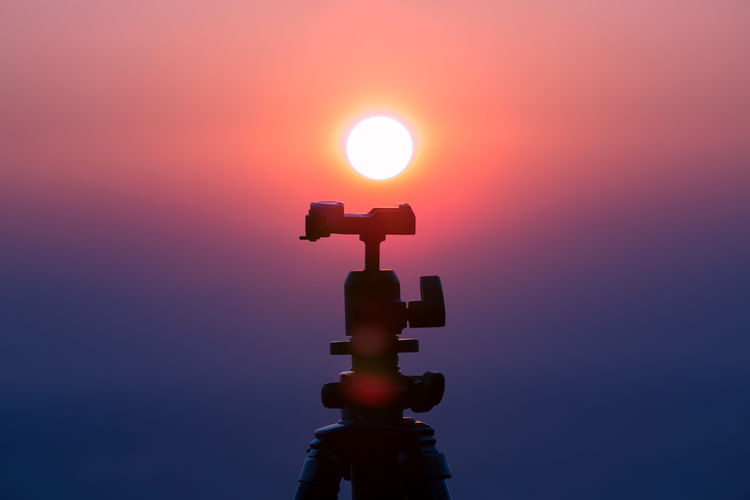 Sunset Tripod Ball Camera Camera - Photographic Equipment Camera Work Day Morning Morning Sky Nature No People Objects Outdoors Photography Sky Sun Sunlight Sunrise Sunset Sunset Silhouettes Sunset_collection Sunsets Sunshine Tranquility Tripod Tripod Photography