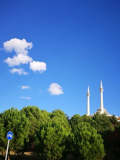 Mervecami Architecture No People Tree Nature Day Cloud - Sky Outdoors Sky Blue Bursa Cultures Building Exterior