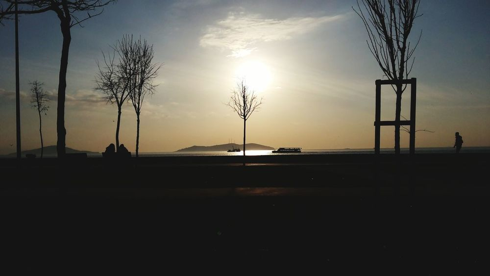 Istanbuldaysam Manzara Dediğin  Siirgibi Olmali Sevmek Siirgibisehir
