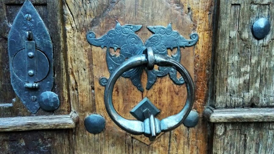 Door Door Knocker Door Knob Rare Antique Old Old Buildings Old Architecture Ironwork  Iron Work Metal Strike Plate Wood Wood - Material Wooden Door Close Up Street Photography Your Design Story