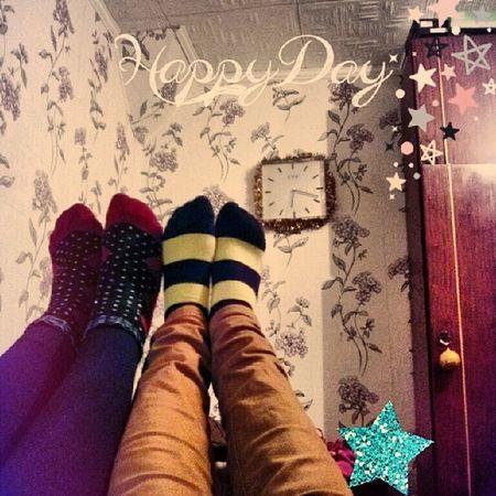 Мы с Тамарой ходим по стенам. подруги ноги Feet модно мейнстрим