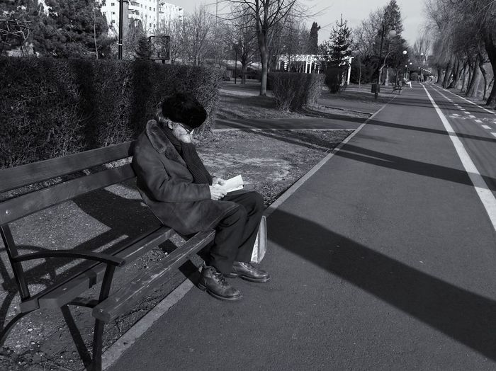 Books are the only real treasure... Bench Real People Lifestyles Casual Clothing City Life Details Of My Life VSCO Street Life Leisure Activity My Favorite Photo Fresh On Eyeem  Made In Romania Reading Reading A Book Relax Time  City Street People Street Old Man Outdoors Sunny Day Park Life Moments Of Life City Fashion Welcome To Black The Street Photographer - 2017 EyeEm Awards