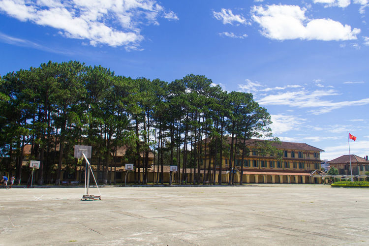 Dalat Lycée Yersin Architecture Built Structure Cloud - Sky Day No People Outdoors Sky Tree