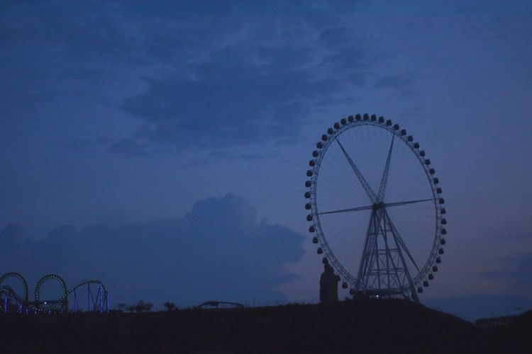 Ferris Wheel Sky Dusk No People Travel Destinations Outdoors Blue Sunset Scenics - Nature Silhouette Cloud - Sky Amusement Park Ride Amusement Park