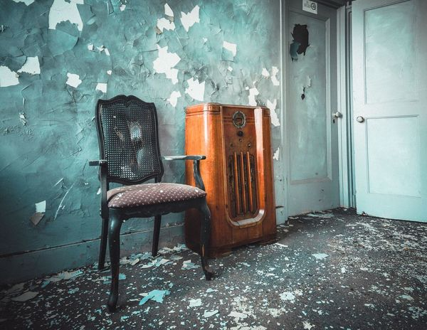 Urbex Urban Exploration Wall - Building Feature No People Indoors  Built Structure Abandoned Domestic Room Weathered