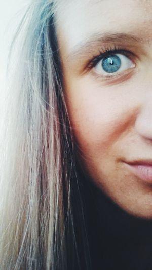 Hello Me Blue Eye Holidays ☀