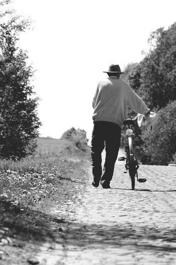 W drodze ... Road Bike Road Poland Polska EyeEm Gallery My_daily_capture Hello World Eyeemphotography EyeEm Bnw Lubelskie Lubiepolske Landscape Landscape_photography