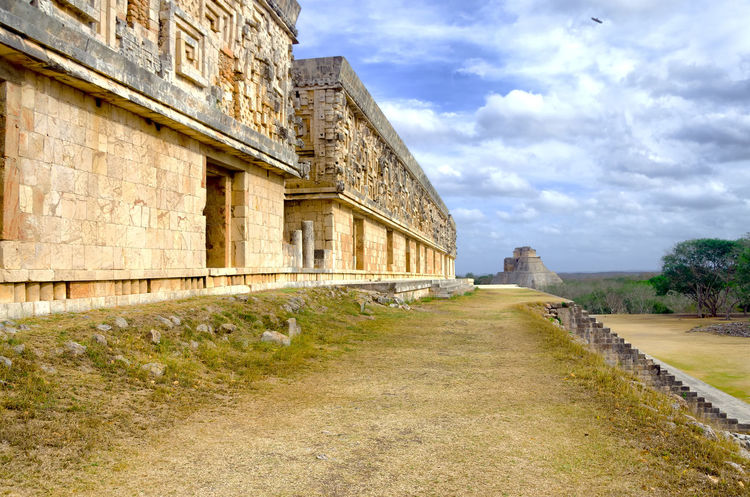 Governor's Palace and the Pyramid of the Magician in Uxmal, Mexico Ancient Archeology Architecture City Mayan Mayan Ruins Mexico Pyramid Ruins Uxmal Yúcatan Archaeological Archaeological Sites Archeological Site Building Civilization Famous Place Heritage Historic History Maya Old Outdoors Ruin Temple