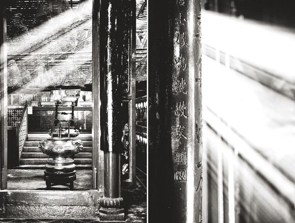 Shades of light by Leica M Monochrom . Open Edit Blackandwhite