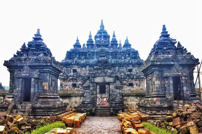 Plaosan temple at sleman, Yogyakarta Taking Photos Hello World EyeEm Exploring Visitindonesia Travel Photography Explorejogja Temple Exploreindonesia