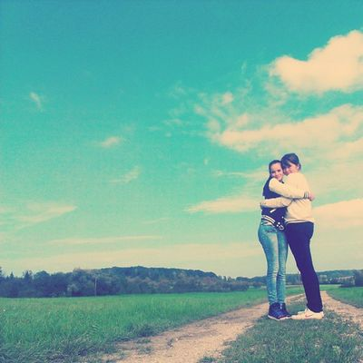 <3. Hihi Gestern Wars Toll mit teresa und lena heiler tag tolles wetter tolles pic favouritepic selfmade hug xox live love friendship hope love hdl