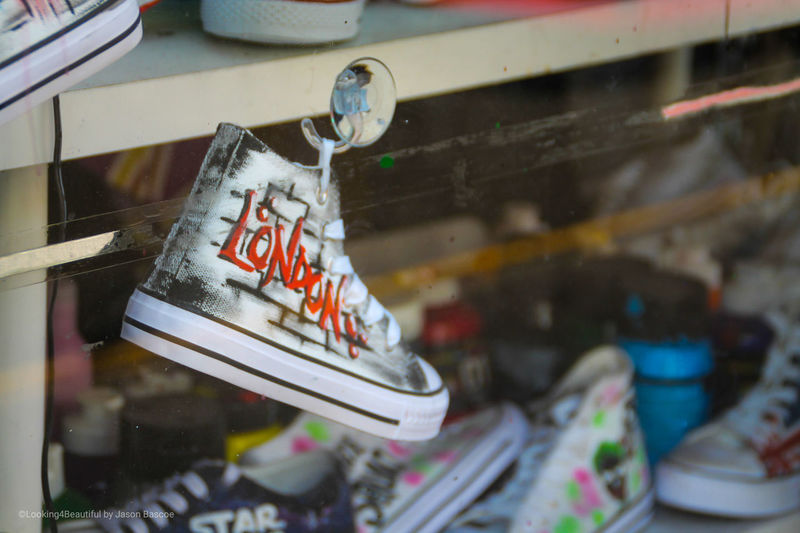 Window Shopping LONDON❤ City Life Portabello Portobello Market Trsiners Sneakers ♥ Sneakersaddict Sneakerhead  Converse Close-up Store Window Window Shopping Shoe Store Retail Display Window Display Boutique For Sale Clothing Store #urbanana: The Urban Playground
