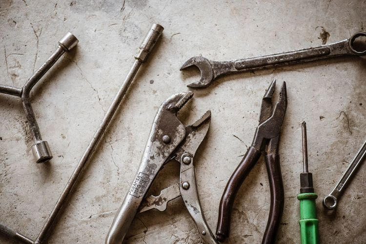 Craftsman tool Work Tool Still Life Hand Tool Metal Tool Equipment No People Indoors  High Angle View Table Workshop Group Of Objects Choice Chisel Close-up Old