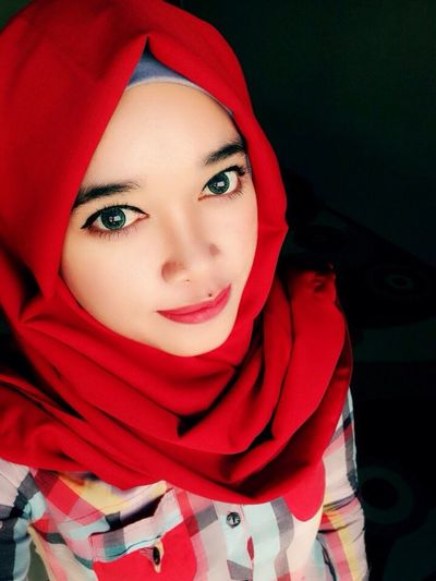 Taking Photos Hello World Enjoying Life Hi! Check This Out That's Me Cheese! Relaxing Quality Time Im A Muslim Perempuanindonesia Getting Inspired Journey Hijabstyle  Hijab Gadisbatipuh Having Fun Hijabfashion