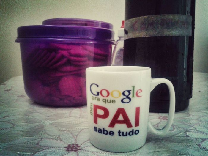 ... Google for what? My dad knows Everything, cause daddy Consults Google. :P Loving Moment Coffee Time Relaxing Ready To Start Let's Do It  Penapolis Brazil