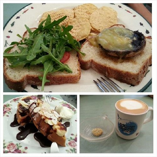 Cleared one Cafe with @jyangsaw Lunch on my last day of internship / cny eve YumYum Cafe Yay