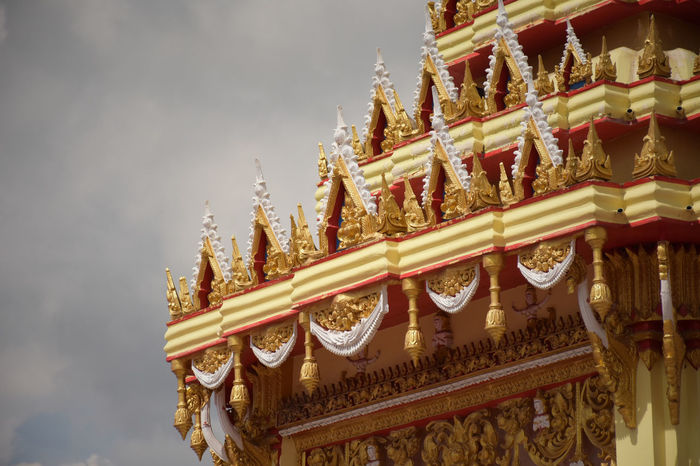 Temple Temple Buddhism Monk  Gold Colored Architecture Gold Tradition