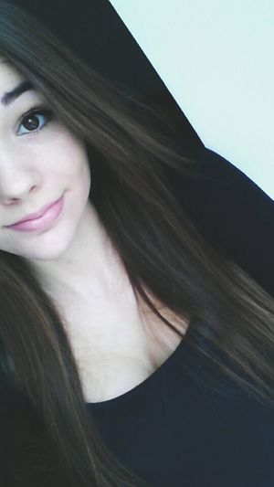 Longhair Smile Good Morning Picoftheday French Girl Eyeempic Happy Girl